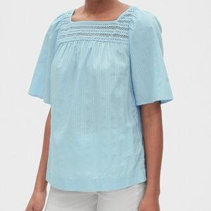 🆕️GAP Eyelet Embroidered Blouse
